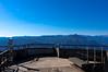 貸し切り展望台と武甲山