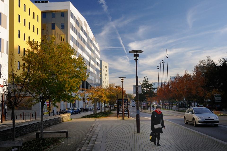 Boulevard-du-General-De-Gaulle-3