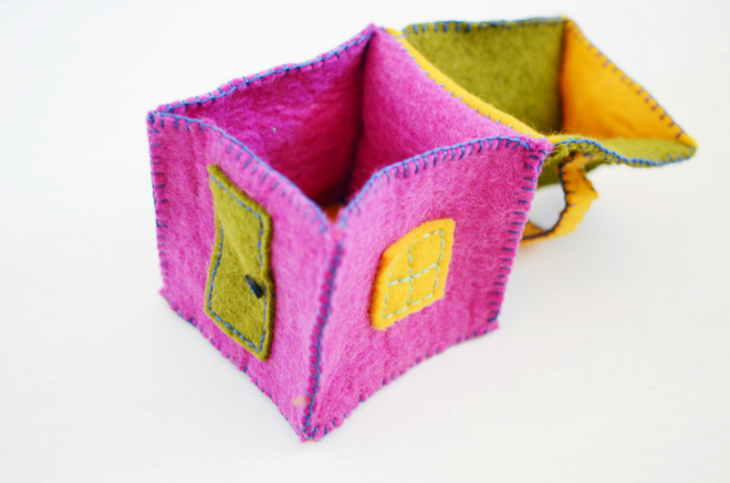 wee house and a little felt mouse