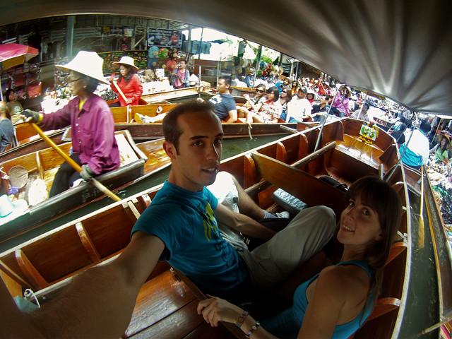 Mercado flotante de Damnoen Saduak, uno de los más grandes de Bangkok que ver
