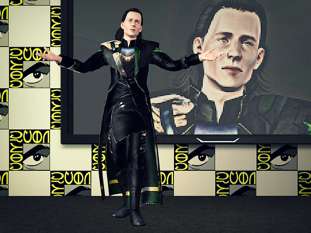 Tom as Loki at Comic Con