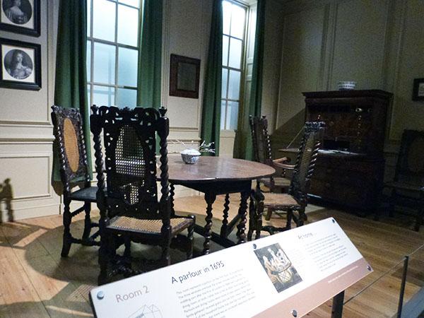 a parlour in 1695