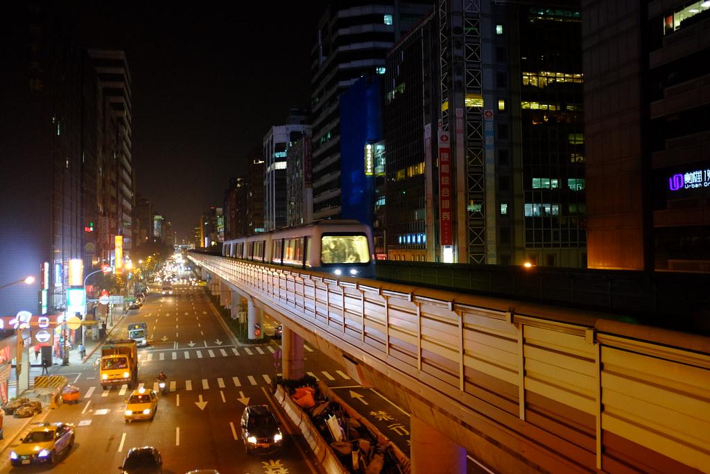 Taipei MRT street photography