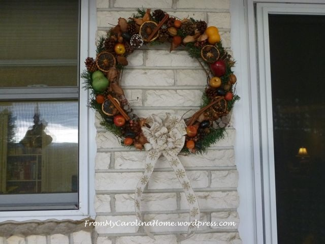 Wreath hanging 1