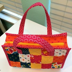 Dainty Tote
