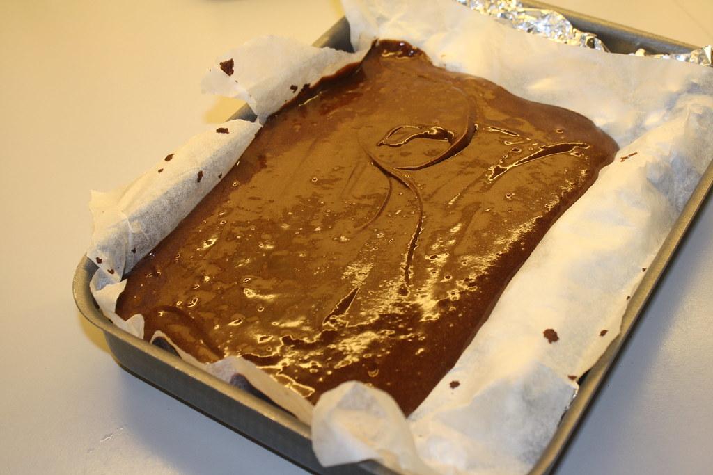 Chokolademousse med nøddebund (16)