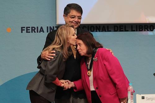 Nélida Piñón y Sergio Ramírez se reconocen herederos de los mitos