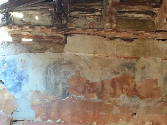 Pinturas circulares en el piso superior de la Casa del siglo XVI del Cigarral El Bosque
