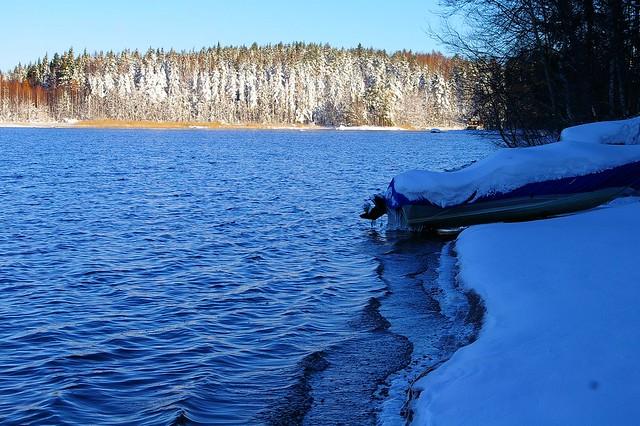 Early winter lake