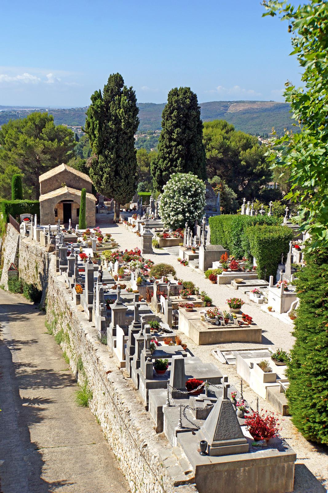 France-002656 - Cemetery
