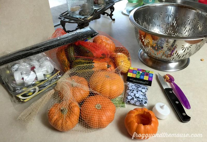 halloween-mini-pumpkin-spider-tutorial