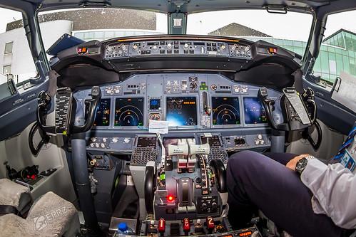 KLM, B737-700, PH-BGX