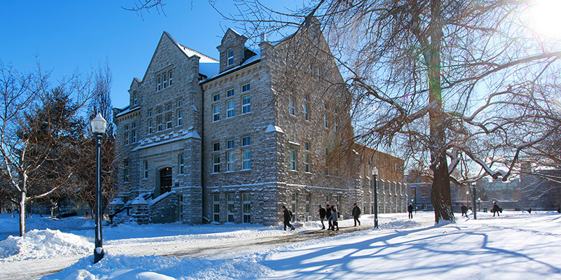 January days on campus are cold but sunny!   (Photo by Bernard Clark)