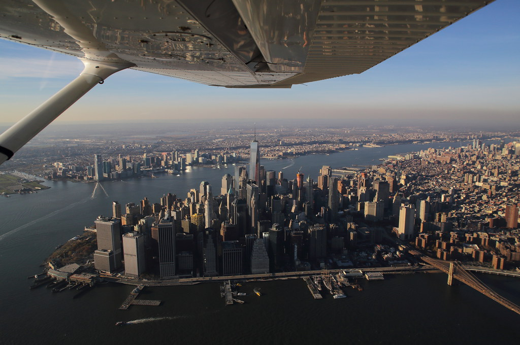 15753116476 32a3e7890b b Полет над Нью Йорком.