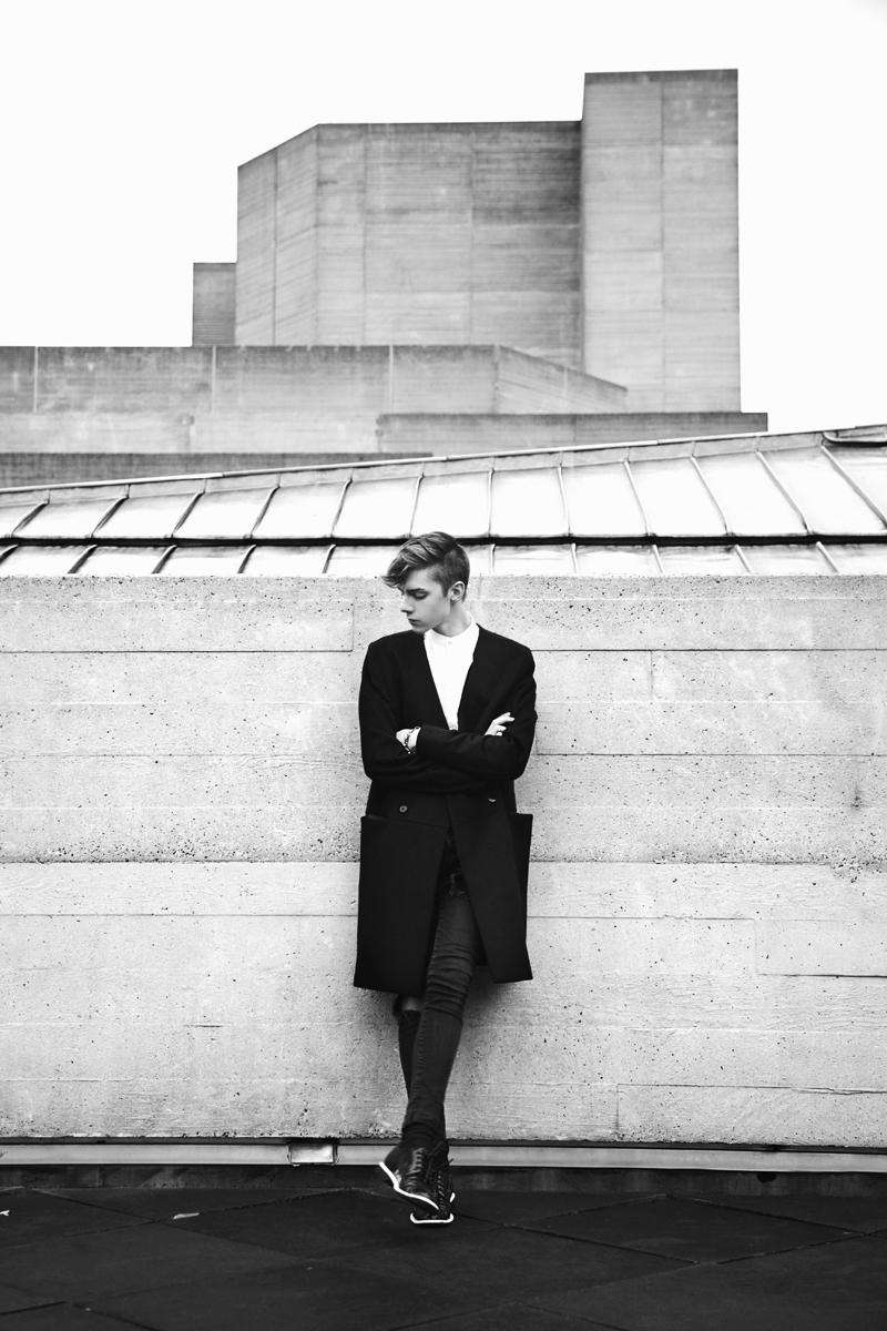 mikkoputtonen_fashionblogger_outfit_riverisland_studiocollection_viktorandrolf_eastdane_3_web