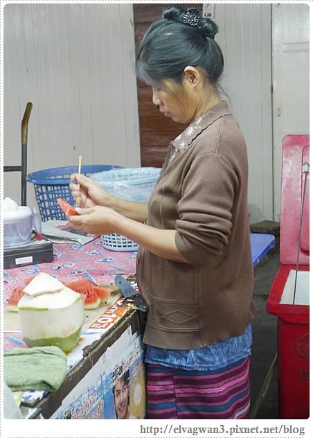 泰國-泰北-清邁-Somphet Market-Tip's Best Fresh Fruit Smoothie-市場-果汁攤-酸奶水果沙拉-燕麥水果優格沙拉-香蕉Ore0-泰式奶茶-早餐-25-655-1