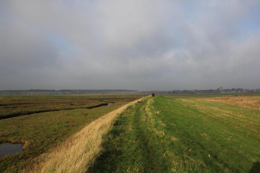 suffolk, opus camper, orford, river ore, run cottage farm