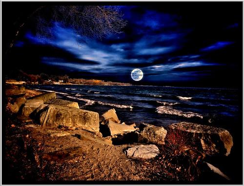 travel blue sky moon toronto ontario canada texture clouds rising evening site rocks long waves branch shoreline landmark lakeontario seashore tone hdr attraction onasill