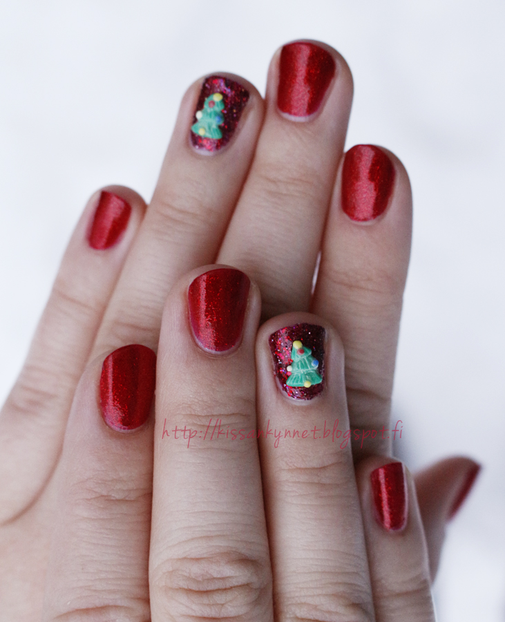 christmas_tree_nails