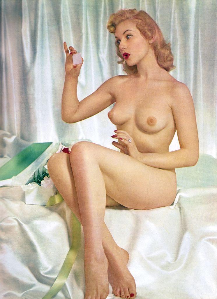 Suzie plakson naked
