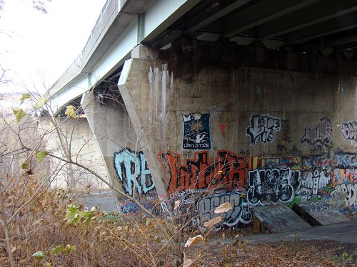 Bloomfield Bridge Graffiti - Nov. 23rd 2014