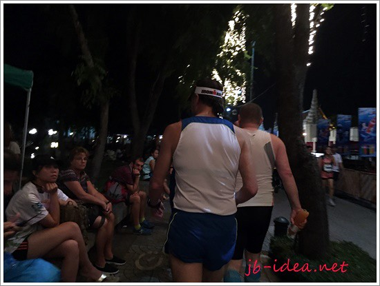 standard-chartered-bangkok-marathon-2014-IMG_4770