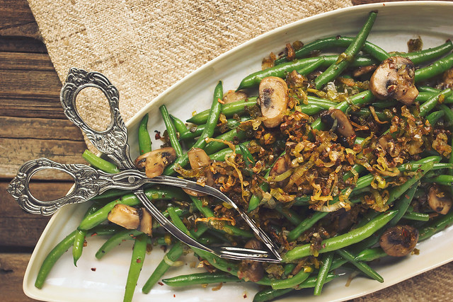 Sautéed Green Beans with Mushrooms and Caramelized Leeks