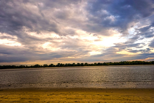 favorite color beach nature colors beautiful beauty river germany deutschland photography amazing nice view shot sony awesome hamburg fine best alpha a7 elbe naturesfinest alpha7 finegold lovelyphotos favoritesonly naturewatcher dazzlingshots