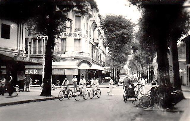 Saïgon 1950s - Hôtel SAIGON PALACE, góc Tự Do-Ngô Đức Kế
