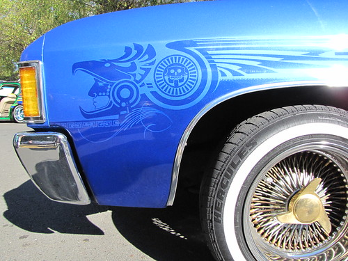 Aztec Airbrush Art on Blue Classic Car