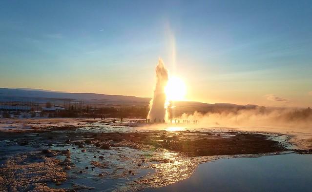 oliko2 - Geyser Eruption
