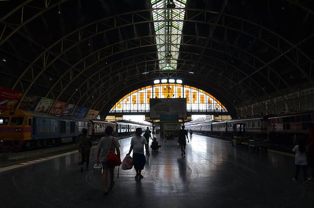 Estación de trenes de Hua Lamphong en Bangkok desde donde salen los trenes en dirección a Ayutthaya