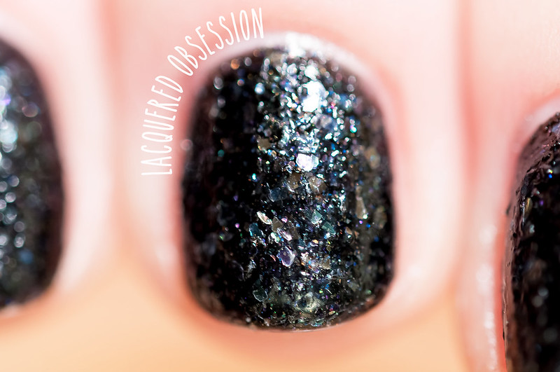 Essence Good Girl Bad Girl Limited Edition - Caught In The Middle