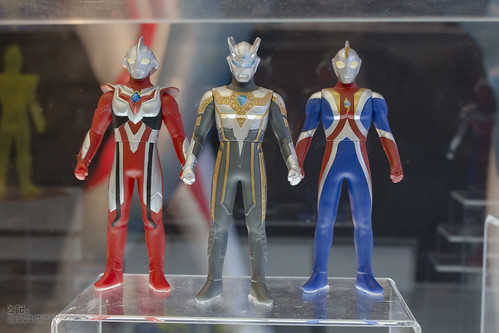 NewYear!_Ultraman_All_set!!_2014_2015_New_item-10