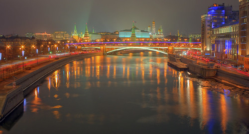 city travel bridge winter color night canon river landscape evening colorful december cityscape view russia moscow capital bridges мосты inverno highlight hdr mosca paesaggio kremlin citta 2014 ночь москва russland город россия огни пейзаж вид вечер кремль мост 600d 24105l sergeyponomarev сергейпономарев
