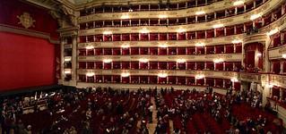 תמונה של Teatro alla Scala ליד Milano. italy ballet milan opera italia milano newyearseve nutcracker 2014 lascala teatroallascala schiaccianoci