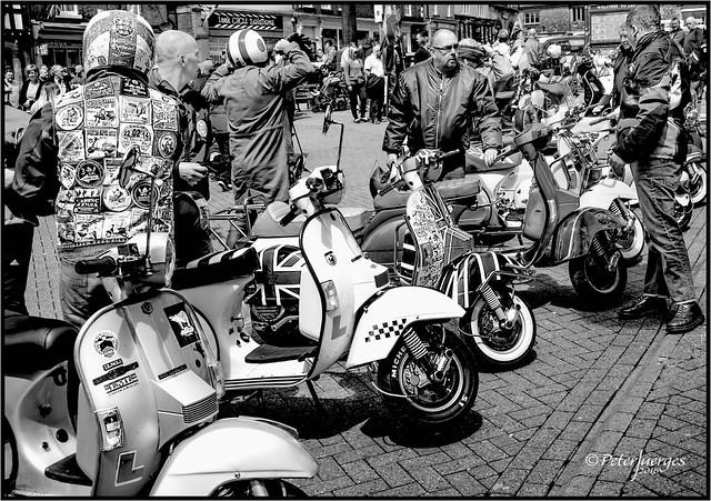 scooterists