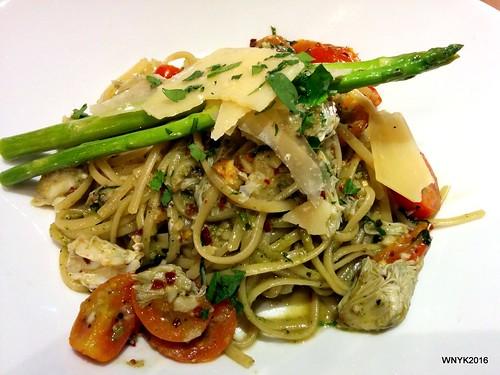 Pesto Crab Spaghetti