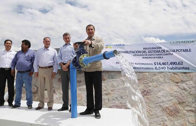 Inauguración de la rehabilitación del sistema de agua potable de Santo Tomás Chautla.