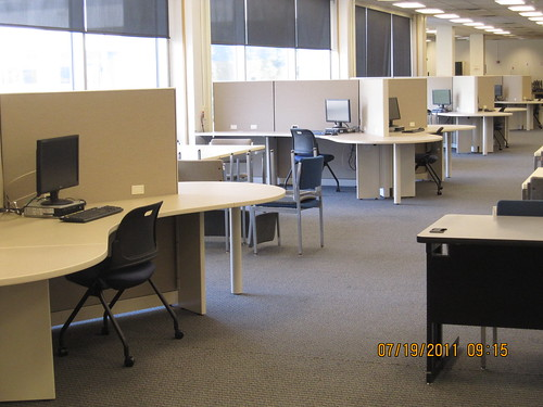 Computers on the lower level of the UGL