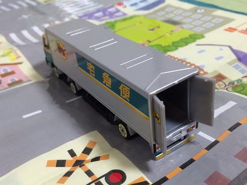 ミニカー 大型トラック10t車 ヤマト運輸