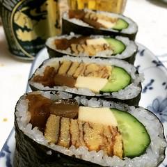 meister kobo yachiyo's amafune makizushi (half a cucumber, kampyo, koyadofu, egg)...so good! glad we got to try this♡ごちそうさま!#マイスター工房八千代 #天船巻寿司 #兵庫 #多可町