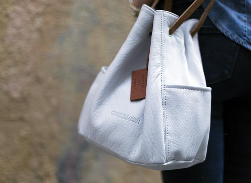 street style barbara crespo hakei white bag denim on denim fashion blogger outfit blog de moda