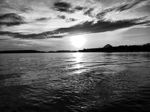 sunset blackandwhite bw beach apple monochrome rehobothbeach deweybeach iphone jomo takenwithaniphone iphoneography iphone6 snapseed smallworldphotos