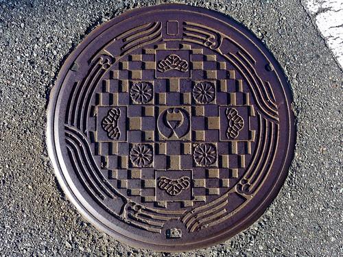 iwami shimane japan manhole 松 花 石見町 島根県 日本 マンホール 町章