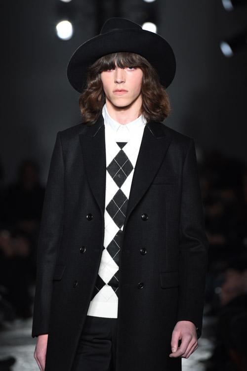 FW15 Tokyo 5351 POUR LES HOMMES ET LES FEMMES012_Harry Curran(Fashion Spot)