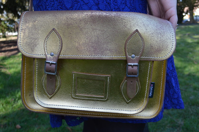 This is a picture of a gold satchel