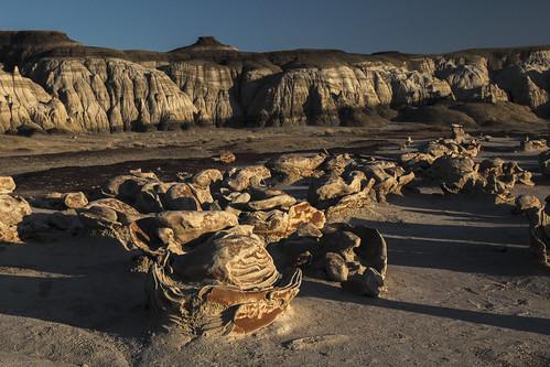 sunset newmexico wilderness rockformations navajonation wondersofnature earthnaturelife bistidenazingeologicwilderness