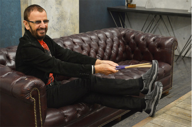 Ringo Starr, nuevo embajador de Skechers