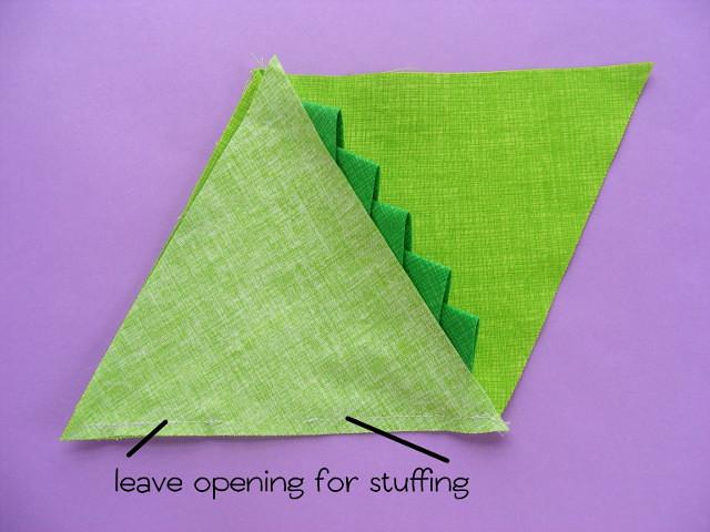05 sew triangle 3 640 px